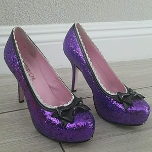 Purple sparkly heel pin up pumps